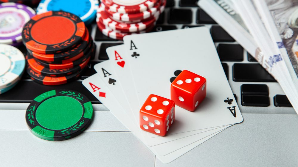 Why Some People Almost Always Make/Save Money With Online Casino